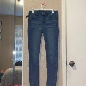 H&M's Divided Skinny Jeans (Size 10)